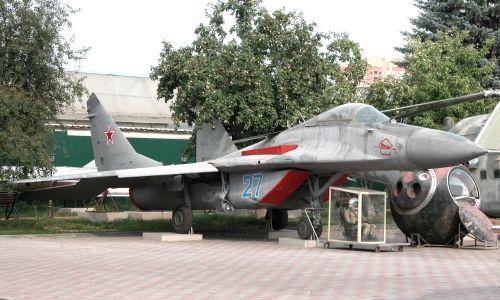 Открытая экспозиция военной техники и фортификации - №5