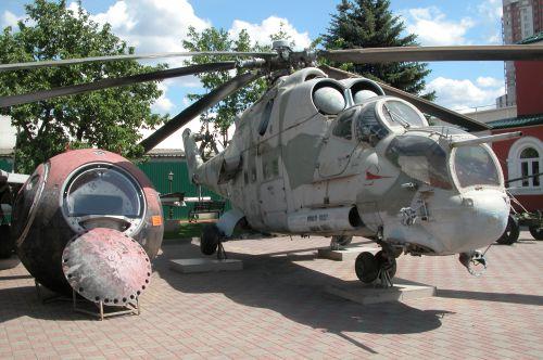 Открытая экспозиция военной техники и фортификации - №10